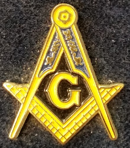 Master Mason Square & Compass Pin